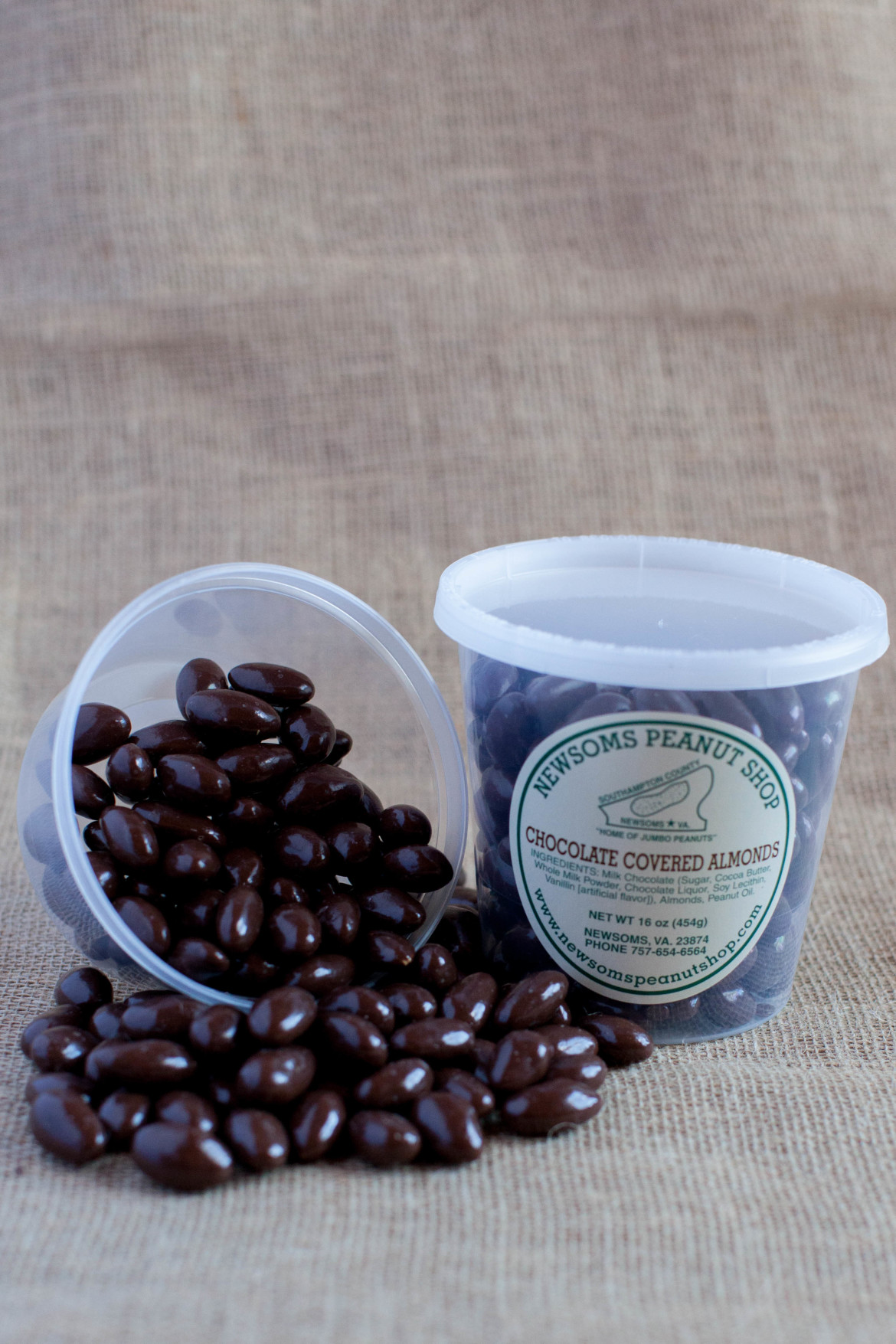 Chocolate-Almonds-2.jpg